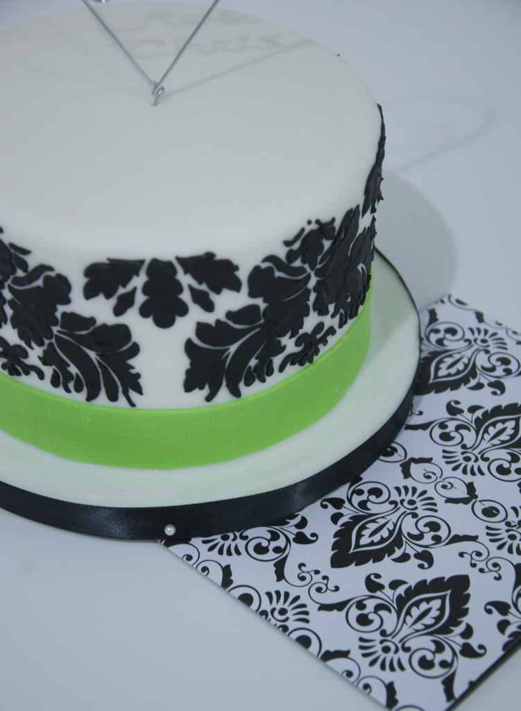 black-white-damak-cake-toronto